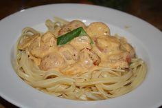 Spaghetti mit Gambas in Brunch - Sauce, ein beliebtes Rezept aus der Kategorie Saucen. Bewertungen: 18. Durchschnitt: Ø 4,1.
