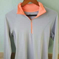 Exercise top Light grey and orange zippered exercise top Old Navy Tops Tees - Long Sleeve