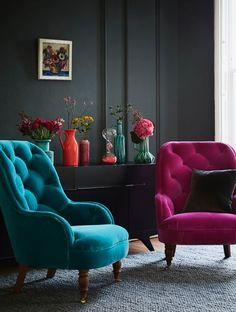 Aszta! Kérem szépen mind a két fotelt. És a falat. És a virágotkat. Az egészet kérem!