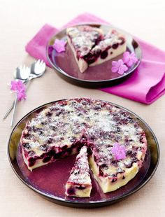 Tarte aux cerises à l'alsacienne Keto Snacks, Snack Recipes, Dessert Recipes, Sweet Desserts, Delicious Desserts, Cupcakes, Let Them Eat Cake, Ricotta, Food And Drink