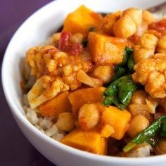 comfort food Slow Cooker Chickpea Coconut Curry With Sweet Potatoes -- under 400 calories