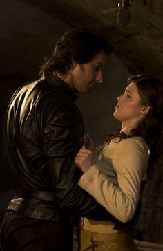 Richard Armitage as Sir Guy of Gisborne in Robin Hood Richard Armitage, Pretty Men, Gorgeous Men, Story Inspiration, Character Inspiration, Robin Hood Bbc, Maid Marian, Photos, Pictures