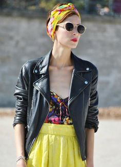 Street Style: Leather moto jacket and head scarf Style Année 60, Mode Style, Bandana Hairstyles, Great Hairstyles, Hats For Short Hair, Short Hair Styles, Short Hair Scarves, Hair Scarfs, Silk Scarves