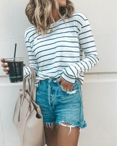 Discover ideas about everyday outfits. may stripes and casual shorts Short Outfits, Casual Outfits, Cute Outfits, Fashion Outfits, Womens Fashion, Casual Shorts, Style Fashion, Spring Summer Fashion, Spring Outfits