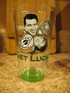 GET LUCKY! Rock X4 St Patrick's Day 2004 Pint Beer Glass Flying Saucer J | eBay