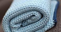 Twee vriendinnen van mij kwamen een paar maanden na elkaar met heel leuk nieuws: allebei zwanger van hun tweede k... Diy Crafts, Blanket, Crochet, Baby, Kids, Make Your Own, Ganchillo, Homemade, Blankets