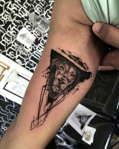 Elbow Tattoos, Cool Arm Tattoos, Hand Tattoos For Guys, Best Sleeve Tattoos, Body Art Tattoos, Back Of Arm Tattoo, Arm Band Tattoo, All Black Tattoos, Small Tattoos