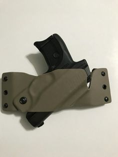 Kydex holster and carriers Sob Holster, 1911 Holster, Pistol Holster, Leather Holster, Revolver, Small Of Back Holster, Custom Holsters, Edc Tactical, Chest Rig