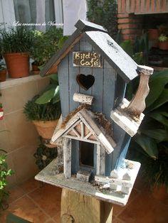 Casa de madera de pájaros © 2016 Victoria Ortiz Ortega