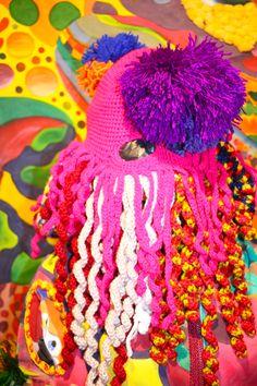 Exposició ROSTRES a Can Puget, Manlleu.  Fins el 24 de novembre 2019. Horari: 18:00 h a 20:00 h de dijous a diumenge. Exhibitions, Crochet Necklace, Jewelry, Fashion, Moda, Jewlery, Jewerly, Fashion Styles, Schmuck