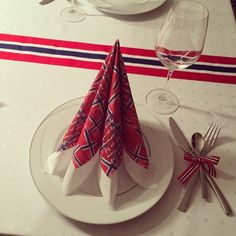 Constitution Day, Public Holidays, Norway, Champagne, Party, Instagram Posts, Fiesta Party, Parties, Direct Sales Party