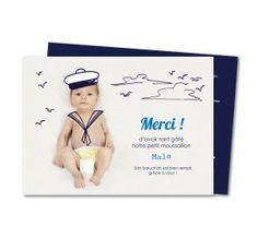 Votre bébé en petit moussaillon, une carte remerciement de naissance originale pour adresser un petit mot à votre famille et vos amis.