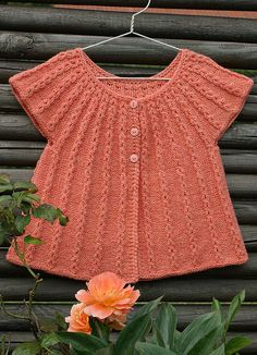 Ravelry: Linnea - Vest pattern by Sanne Bjerregaard - maybe this could be lengthened for a dress Kids Knitting Patterns, Knitting For Kids, Crochet For Kids, Baby Patterns, Baby Knitting, Crochet Baby, Knit Crochet, Baby Vest, Vest Pattern