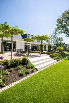 Private gardens Dusseldorf #dusseldorf #gardens #private