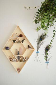 DIY | Geometrischer Setzkasten geometric mini shelf for your crystals | crystal shelf