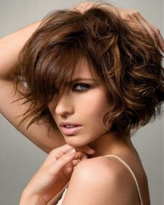 Short Bob Hairstyles Wavy Hair Short Bob Hairstyles For Women 2013 Short Curly Hairstyles For Women, Messy Bob Hairstyles, Pretty Hairstyles, Short Hair Cuts, Short Wavy, Curly Haircuts, Modern Haircuts, Hairstyles Haircuts, Medium Curly