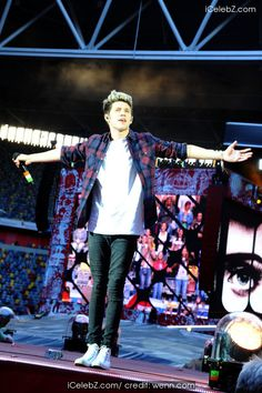 Niall Horan One Direction performing live in concert during their 'Where We Are' tour at Esprit Arena http://icelebz.com/events/one_direction_performing_live_in_concert_during_their_where_we_are_tour_at_esprit_arena/photo7.html