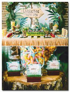 Amazing Jungle Themed Birthday Party // Hostess with . Jungle Theme Parties, Jungle Theme Birthday, Safari Theme Party, Jungle Party, Baby Party, Zoo Birthday, Jungle Safari, Birthday Ideas, Birthday Party Desserts