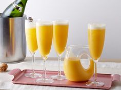 With the addition of lemon zest, Ree's elegant Bellinis are full of bright notes and a refreshing flavor.