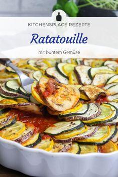 Ein einfaches Rezept für klassisches Ratatouille aus dem Ofen mit buntem Gemüse. Weitere Rezepte findest Du auf www.kitchensplace.de