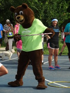 Chip the Bear participated in the hula hop contest!