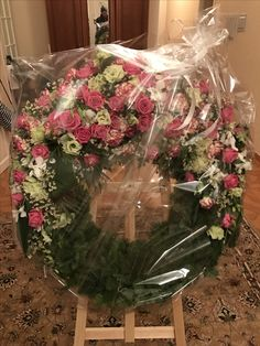 Москва. Траурный венок. Заказ , доставка.  Funeral flowers in Moscow.