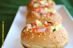 Doughnut, Chicken, Ethnic Recipes, Desserts, Food, Salads, Meal, Deserts, Essen