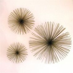 Metal wall urchins