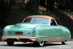 1941 Chrysler LeBaron Thunderbolt The Chrysler Thunderbolt was a limited edition model and this car is one of only four surviving examples. Chrysler Lebaron, Chrysler Cars, Chrysler Voyager, Retro Cars, Vintage Cars, Mopar, Dodge, Buick Wildcat, Automobile