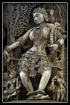 Salabhanjika or Shalabhajika Sculpture (sculpture of a woman, displaying stylized feminine features), Chennakesava Temple, Belur, Karnataka Indian Temple Architecture, Ancient Architecture, Art And Architecture, Angkor, Asian Sculptures, India Art, Art Sculpture, Indian Gods, Dance Art