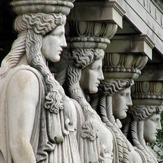 'Greek goddess chorus line' (2006) by photographer Steve Grundy. Caryatid Columns, Museum of Science and Industry, Chicago. via the photographer on flickr