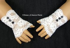 FINGERLESS LACE GLOVES for American Girl by idreamofjeannemarie, $8.00