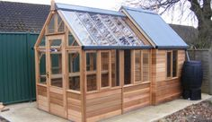 the Rosemoor Combi by Gabriel Ash Greenhouses