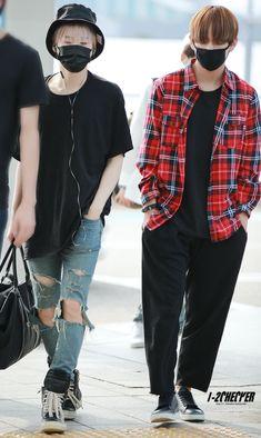 [AIRPORT] 150828: BTS Suga (Min Yoongi) and V (Kim Taehyung) #bangtan #bangtanboys #fashion #style #kfashion #kstyle #korean #kpop #taegi