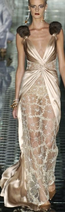 The Gown Boutique - Miss Millionairess: Valentino