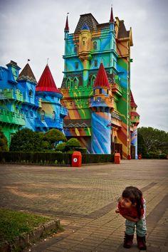 Na porta do Castelo by Paulo A. Teixeira, via 500px