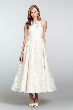 Hayley Paige Wedding Dresses Photos on WeddingWire