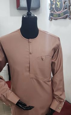 African Wear Styles For Men, African Shirts For Men, African Dresses Men, African Attire For Men, African Clothing For Men, Nigerian Men Fashion, Indian Men Fashion, Mens Fashion Suits, African Fashion