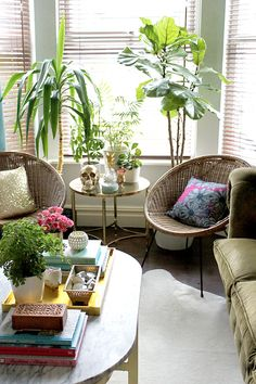 I like this as inspo for sunroom--> How to Get an Eclectic Boho Glam Look in Your Home | FADS Blog