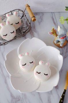 Macaron Flavors, Macaron Recipe, Homemade Macarons, Cute Baking, Macaron Cookies, Cute Bunny, Baking Basics, Cute Designs, Food Decoration