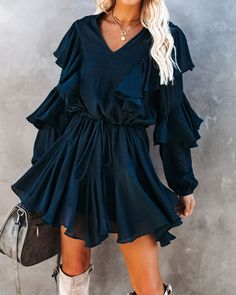 Fall Fashion Outfits, Stylish Outfits, Cool Outfits, Autumn Fashion, Fashion Trends, Types Of Sleeves, Sleeve Types, Ruffle Dress, Ruffle Trim