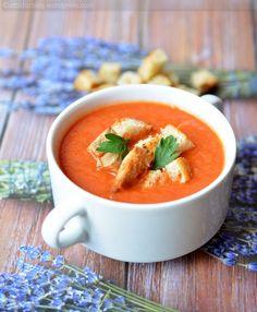 Sült paradicsom krémleves Thai Red Curry, Ethnic Recipes, Food, Meal, Eten, Hoods, Meals