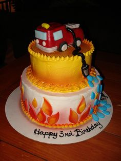 Fire Truck-Themed Birthday Cake | Shared by LION