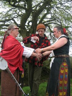 Pagan Clergy and Degrees http://familiarterritory.us/pagan-clergy-and-degrees/