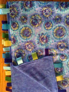 Tie dye skulls ribbon blanket Diy Tie Blankets, Farm House, Skulls, Fun Stuff, Tie Dye, Ribbon, Crafty, Sewing, Fun Things