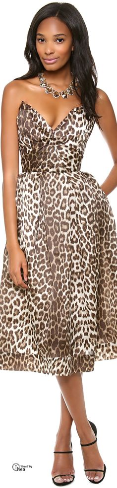 Leopard print feels daring on a strapless Zimmermann dress. Leopard Fashion, Animal Print Fashion, Fashion Prints, Animal Prints, Leopard Prints, Women's Fashion, Safari Chic, Leopard Dress, Cheetah