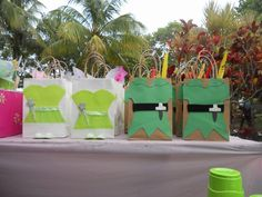 Tinkerbell & Peter Pan Party Bags. I made them myself. Pirate Birthday, 7th Birthday, Birthday Parties, Butterfly Garden Party, Peter Pan Party, Birthday Souvenir, Tinkerbell Party, Ideas Para Fiestas, Party Bags