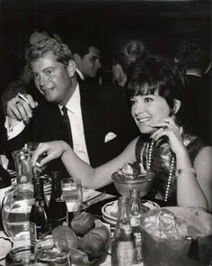 Suzanne Pleshette and Troy Donahue