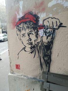 Peinture Stencil par RNST à Paris 13ème arrondissement.  Pochoir de RNST à la Butte aux Cailles Dans le 13ème arrondissement de Paris.