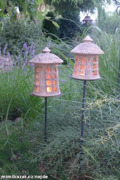 Romantické domečky. Ceramic Lantern, Ceramic Light, Ceramic Art, Garden Lanterns, Garden Lamps, Garden Art, Clay Houses, Ceramic Houses, Pottery Houses
